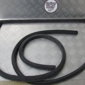 Toyota landcruiser 40 door seal 68109-60020